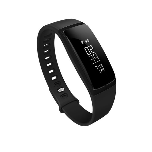 Smart Bluetooth Fitness Trackers For Android And iOS