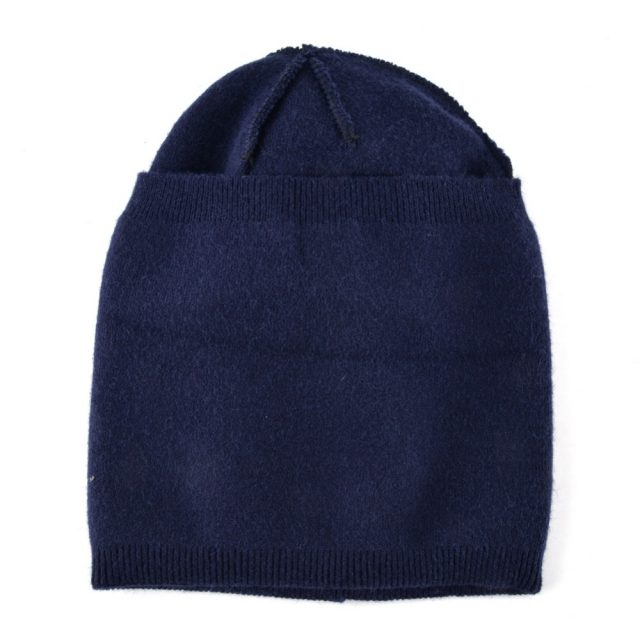 Women's Acrylic Winter Hat with Rhinestone